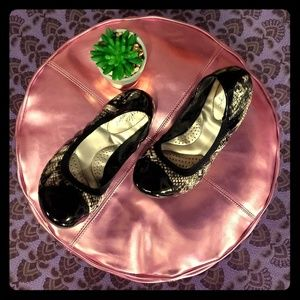 Shoes - 🔥6 for 20🔥 ---- 🥿Flats🥿
